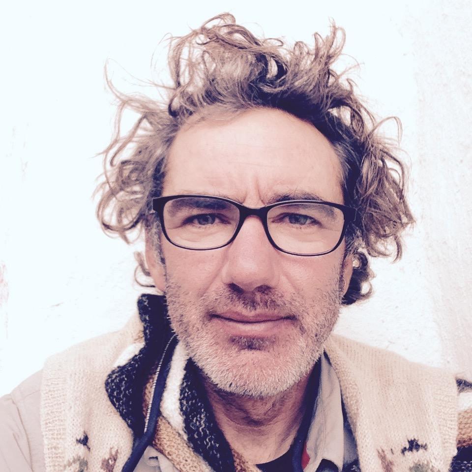 Alvaro Neil